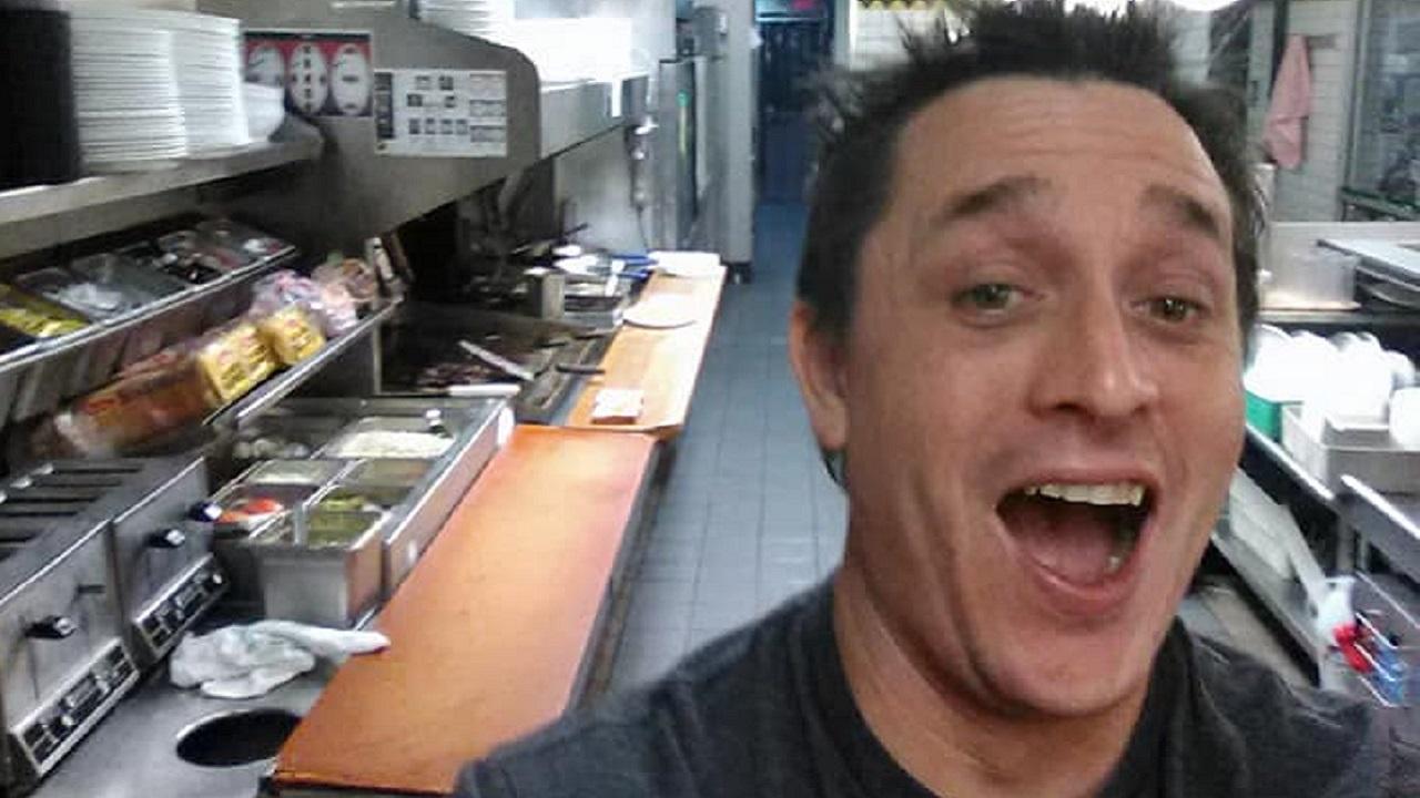 Waffle House Customer Cooks Own Meal While Staff Sleeps
