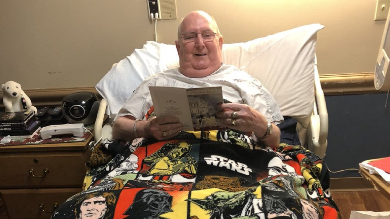 """Community Helps Grant Dying Vet's Last Wish: To See """"Last Jedi"""""""