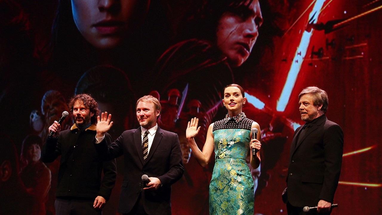 """Star Wars Cast Mocks """"De-Feminized Fanedit"""" Of The Last Jedi"""