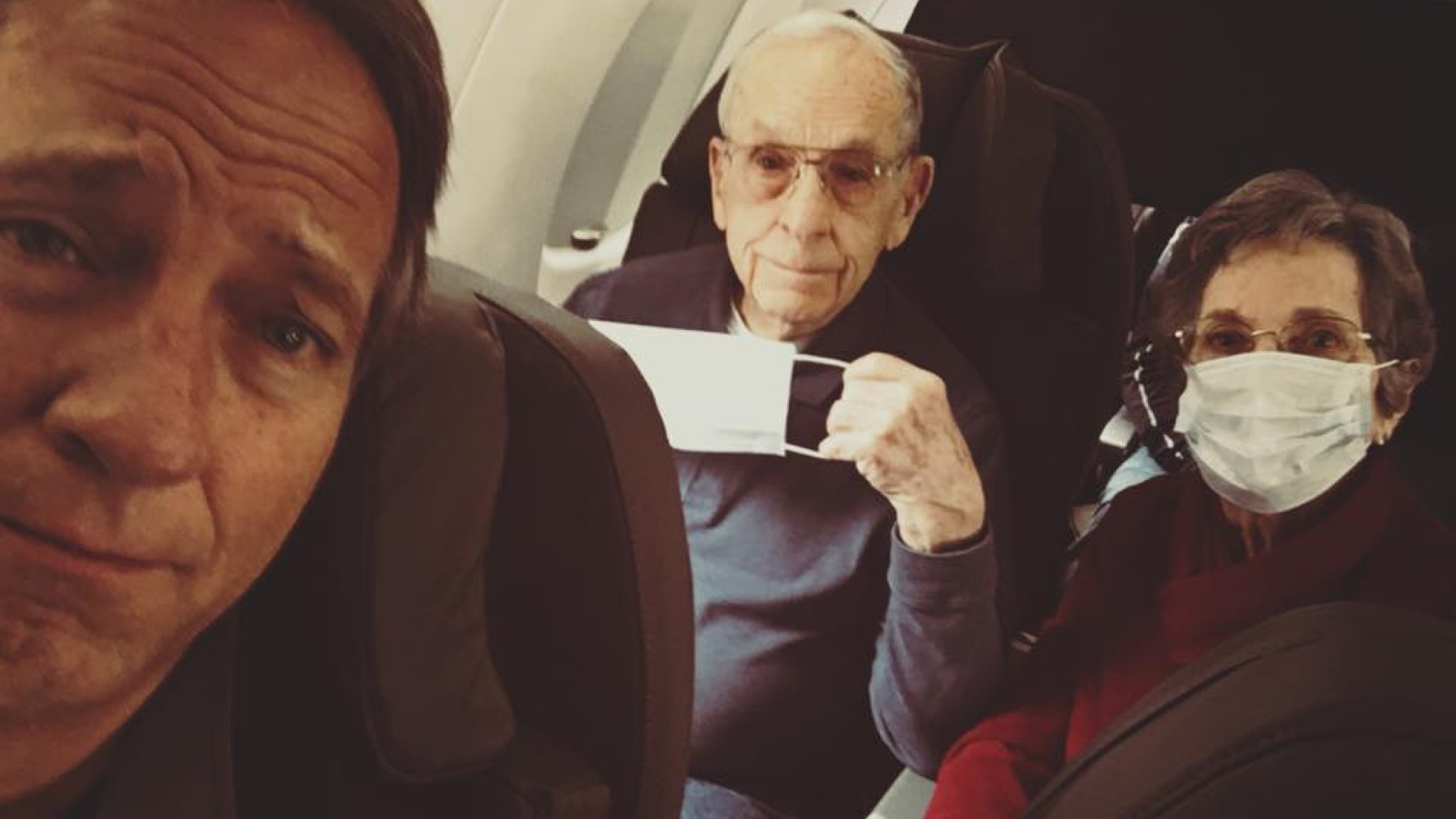 Mike Rowe Proves Traveling With Parents Is a Dirty Job