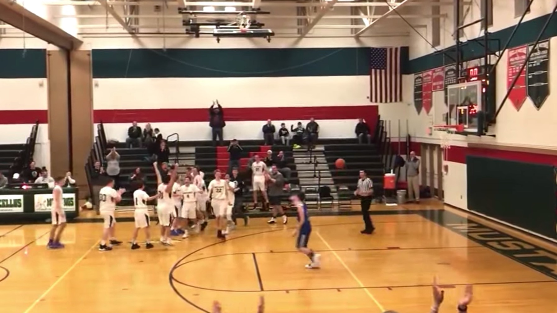 Pure Sportsmanship on Display at a High School Basketball Game [WATCH]