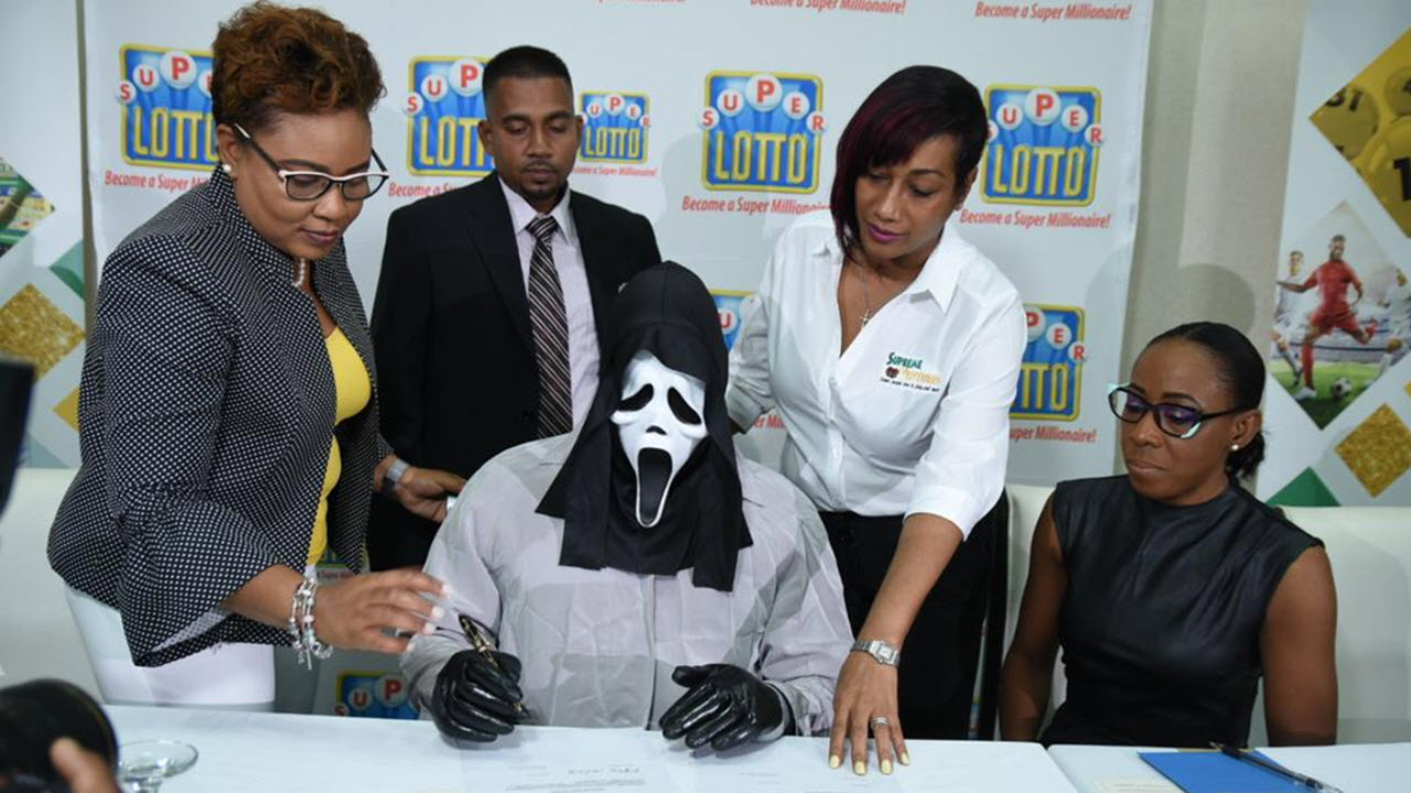 Lottery Winner Collects $1.7m While Dressed as Horror Movie Killer