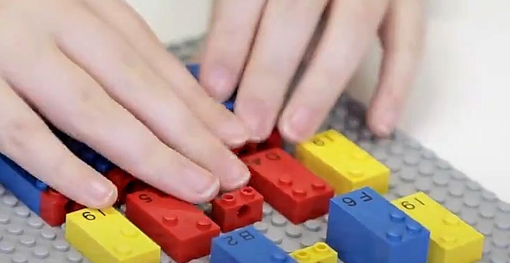 Braille LEGO Bricks
