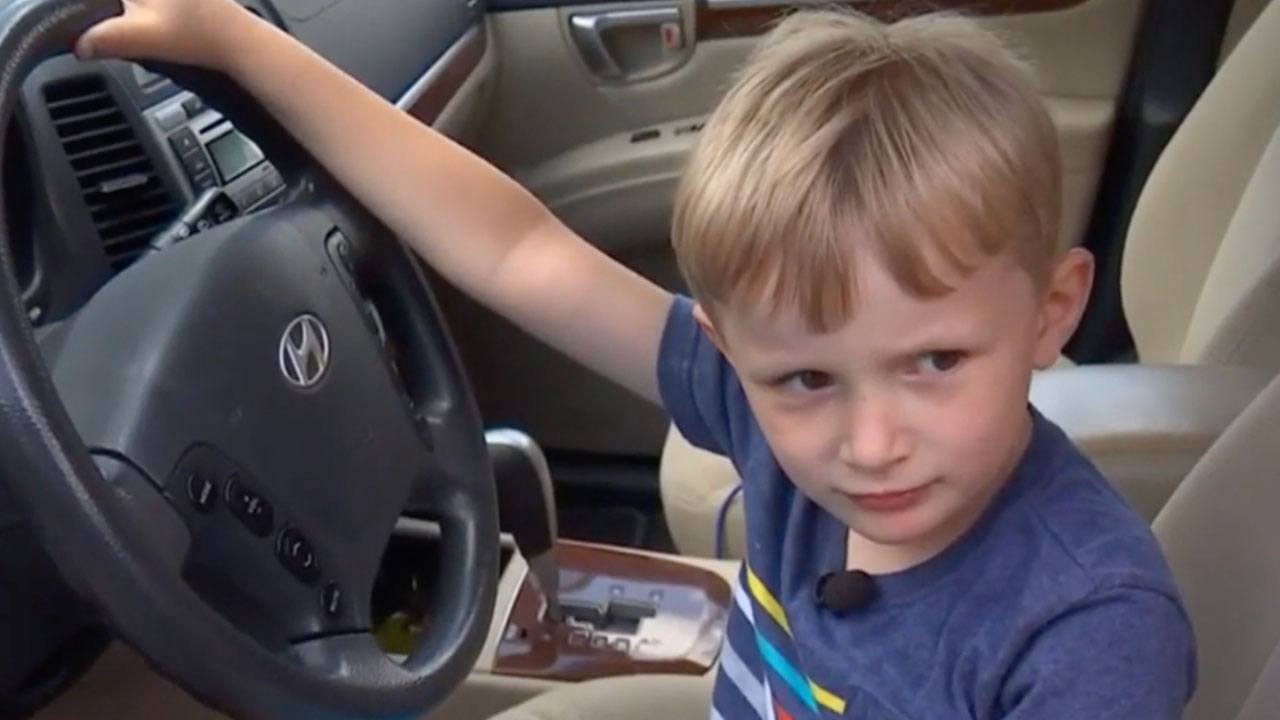 4yo Drives SUV to Get Candy