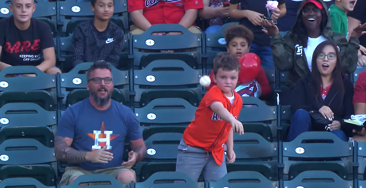 Kid Throws Back Homer