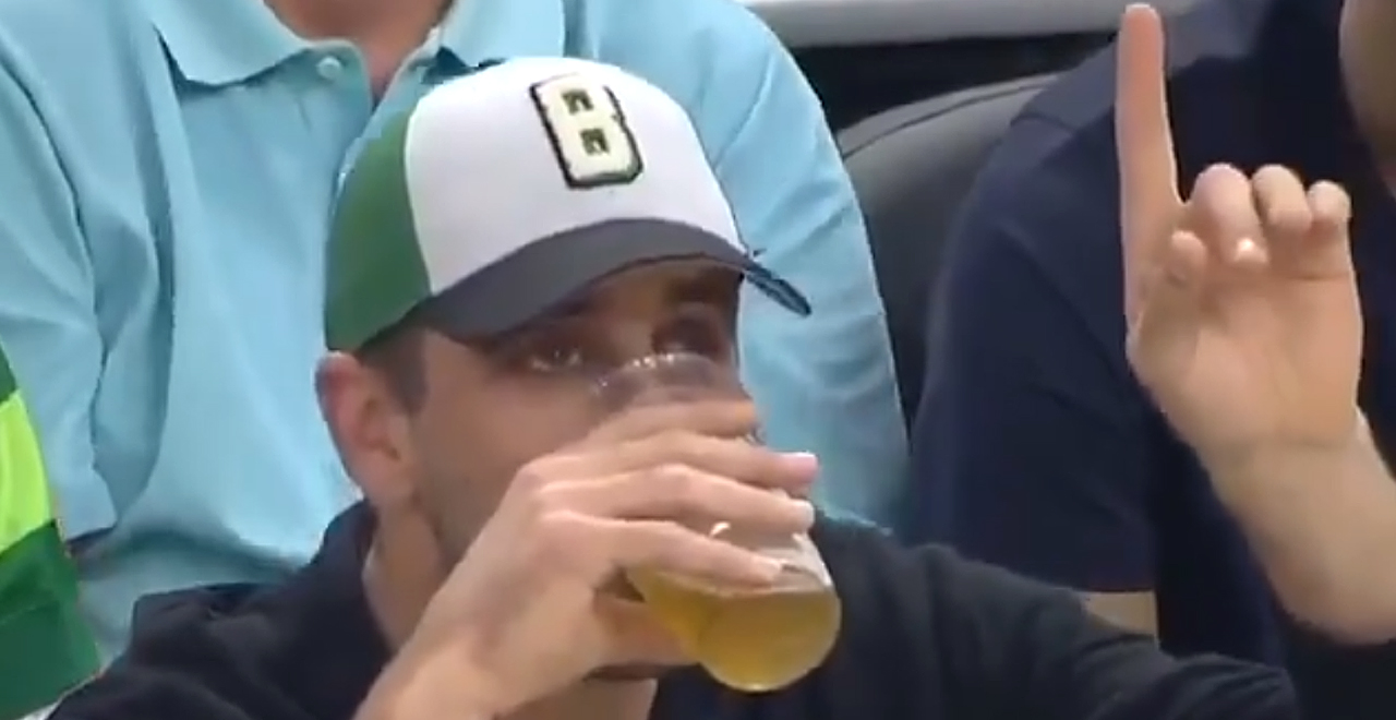 Aaron Rodgers Beer Chug Fail