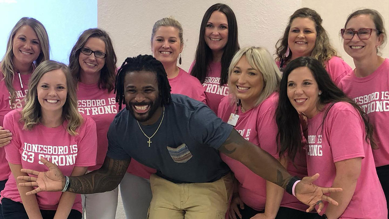 DeAngelo Williams sponsoring breast cancer screenings