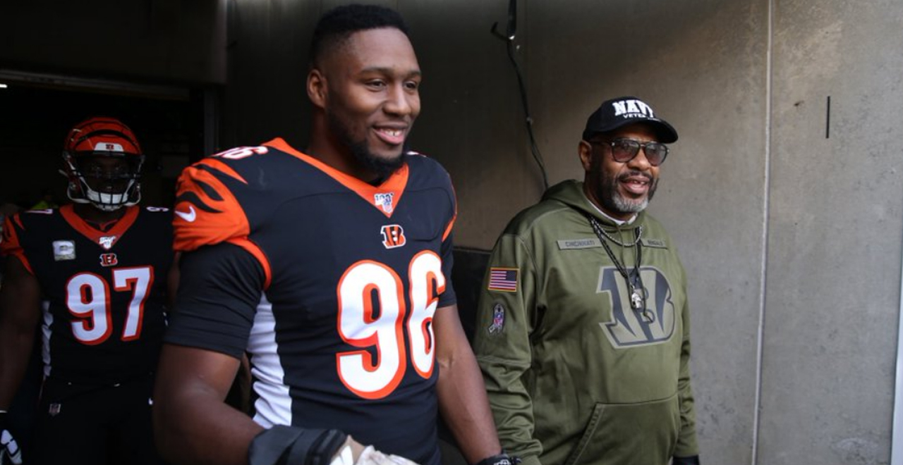 Carlos Dunlap and Dad #SaluteToService