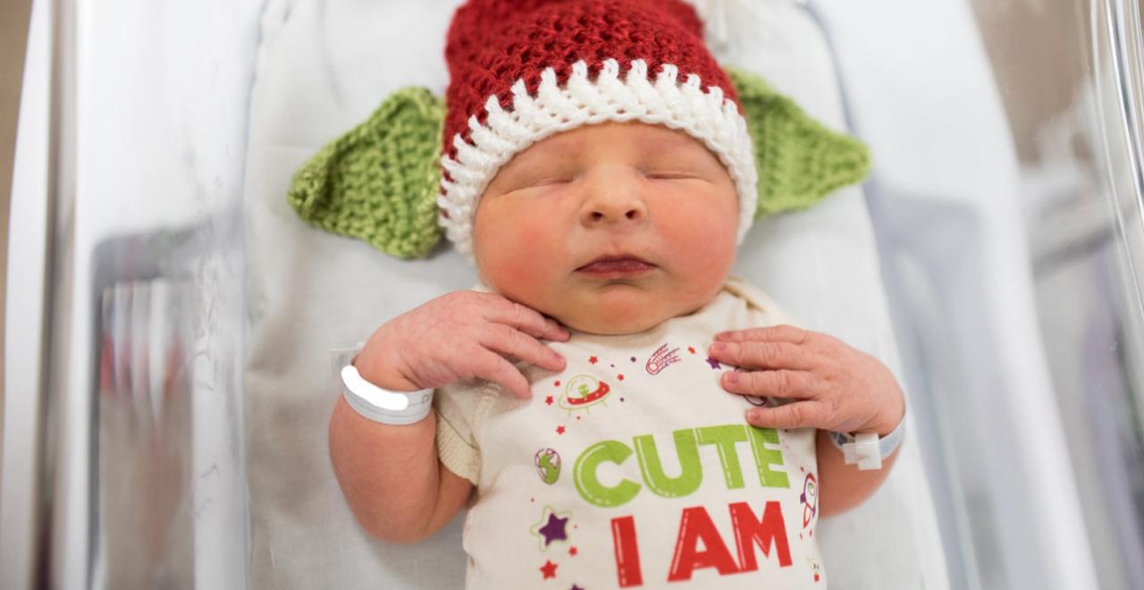 Hospital Dresses Newborns as Baby Yoda