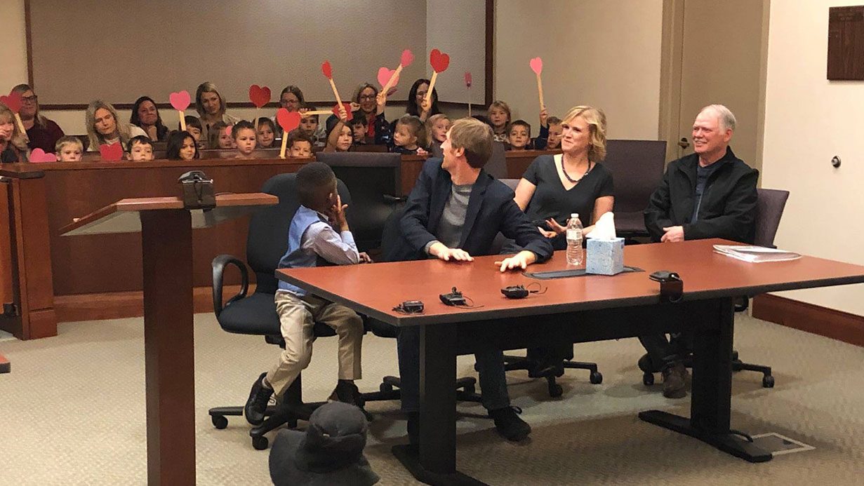 Michigan boy's class shows up for adoption hearing