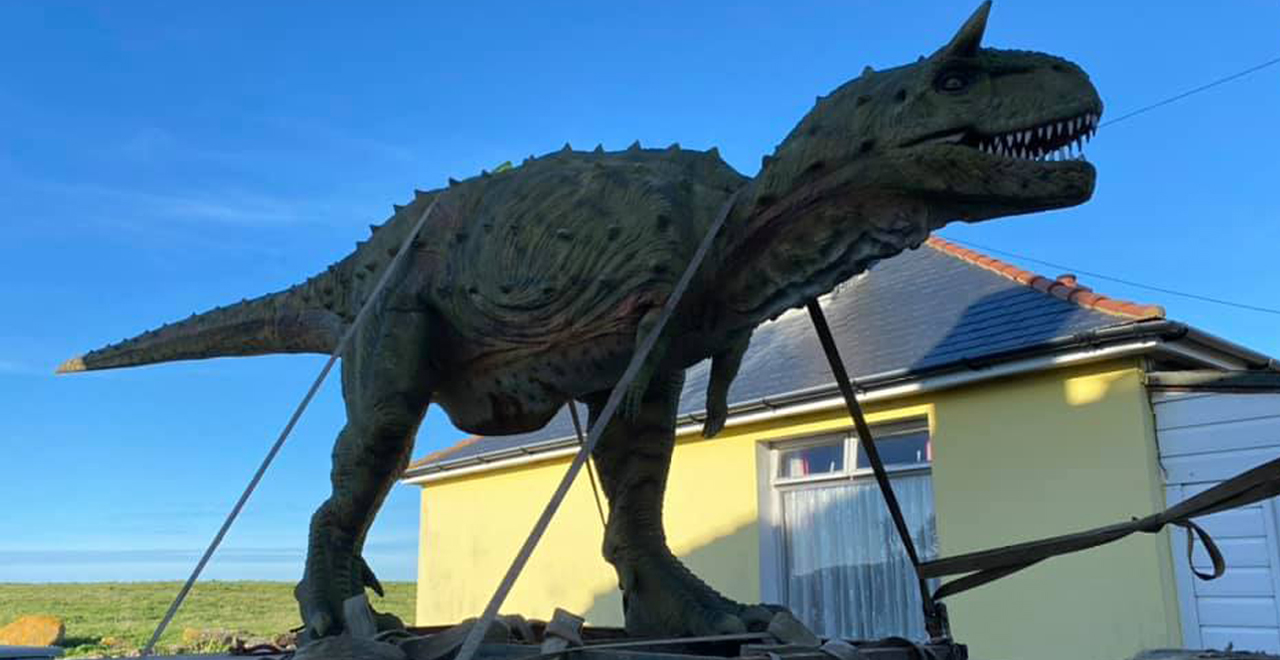 Dad Accidentally Orders Massive Dino