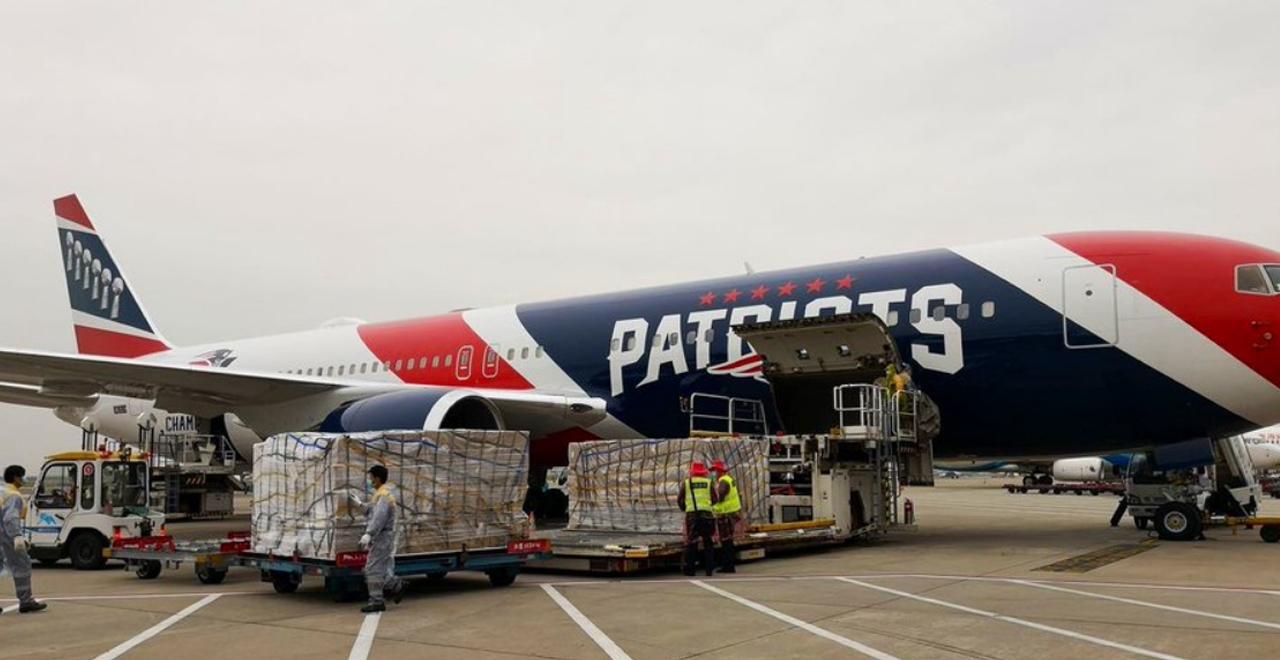 Patriots Plane Picks up Masks