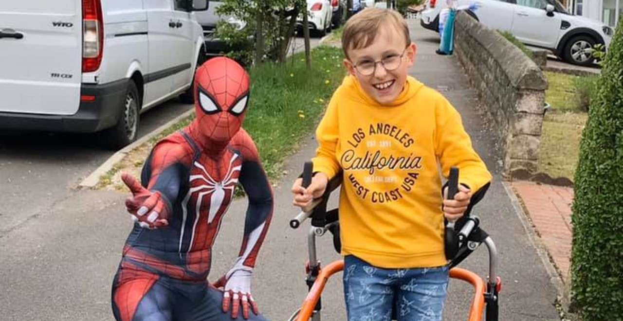 Boy with Cerebral Palsy Completes Marathon, Raises Over 50k for Charity