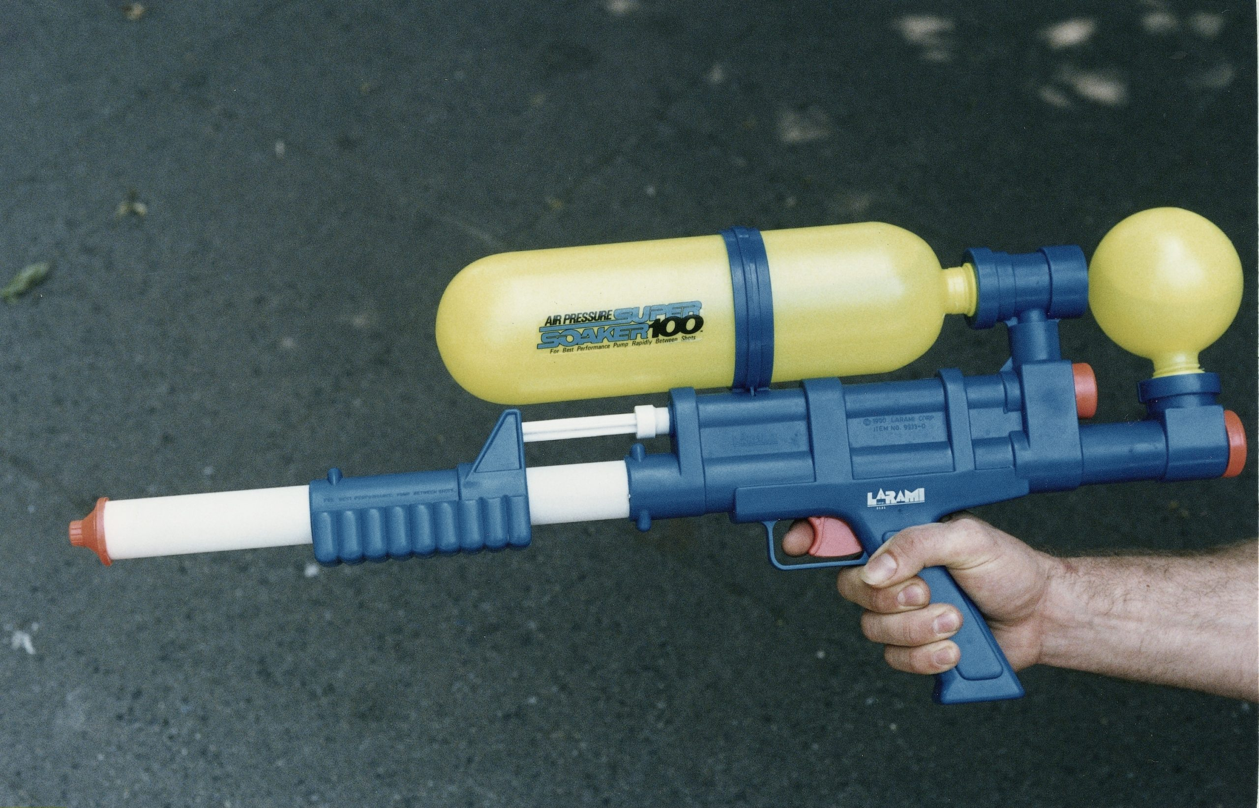 Most Popular Toys of the 90s: Super Soakers