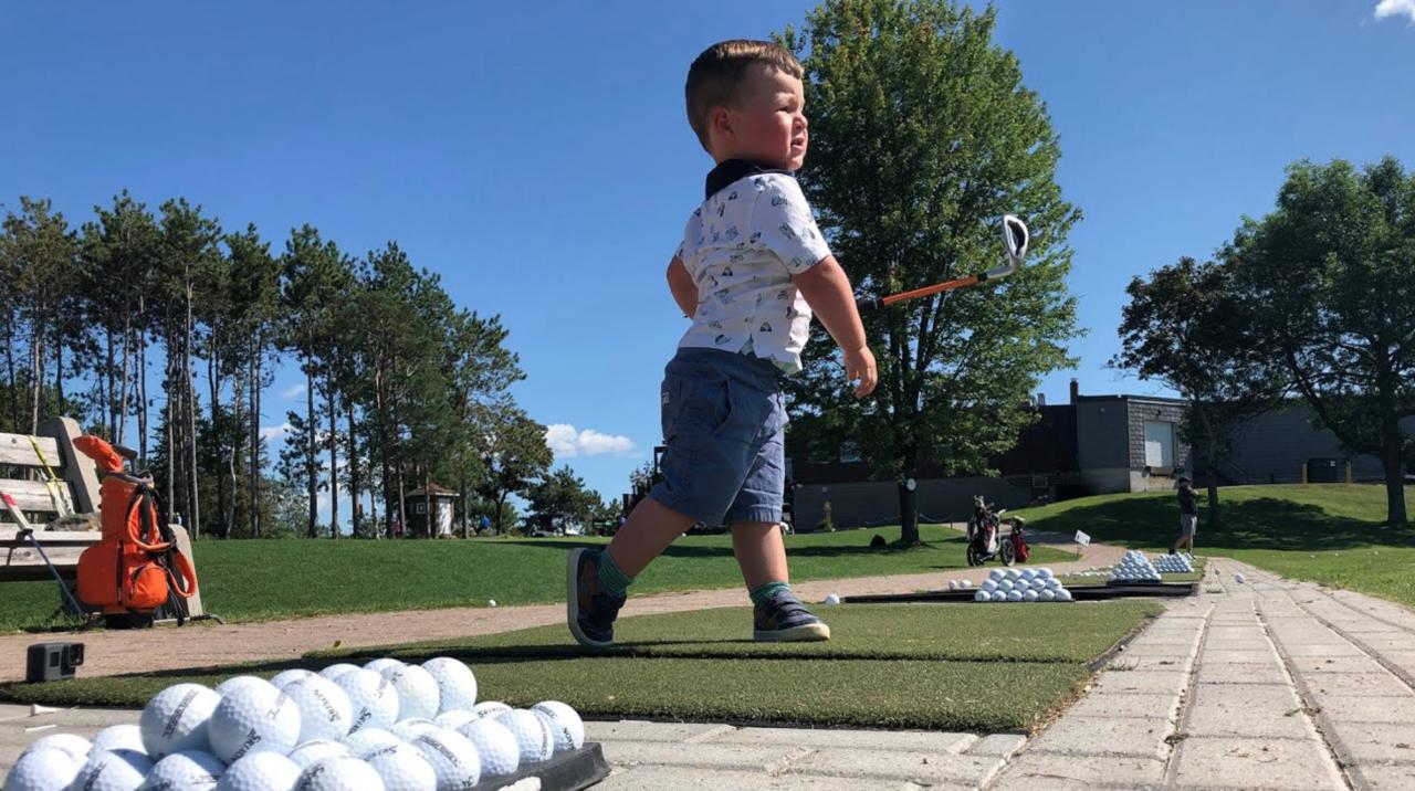 2-yr-old toddler golf swing
