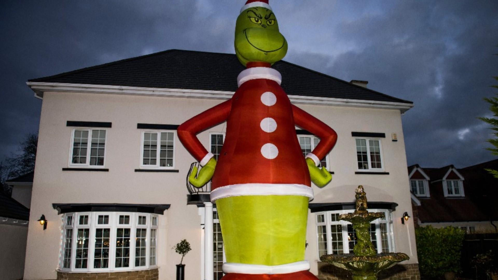 Dad Orders Giant Grinch