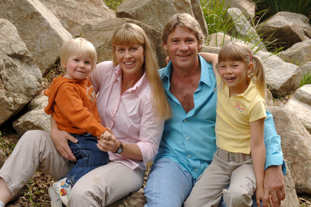 Steve Irwin with his family: Terri, Bindi, and Robert