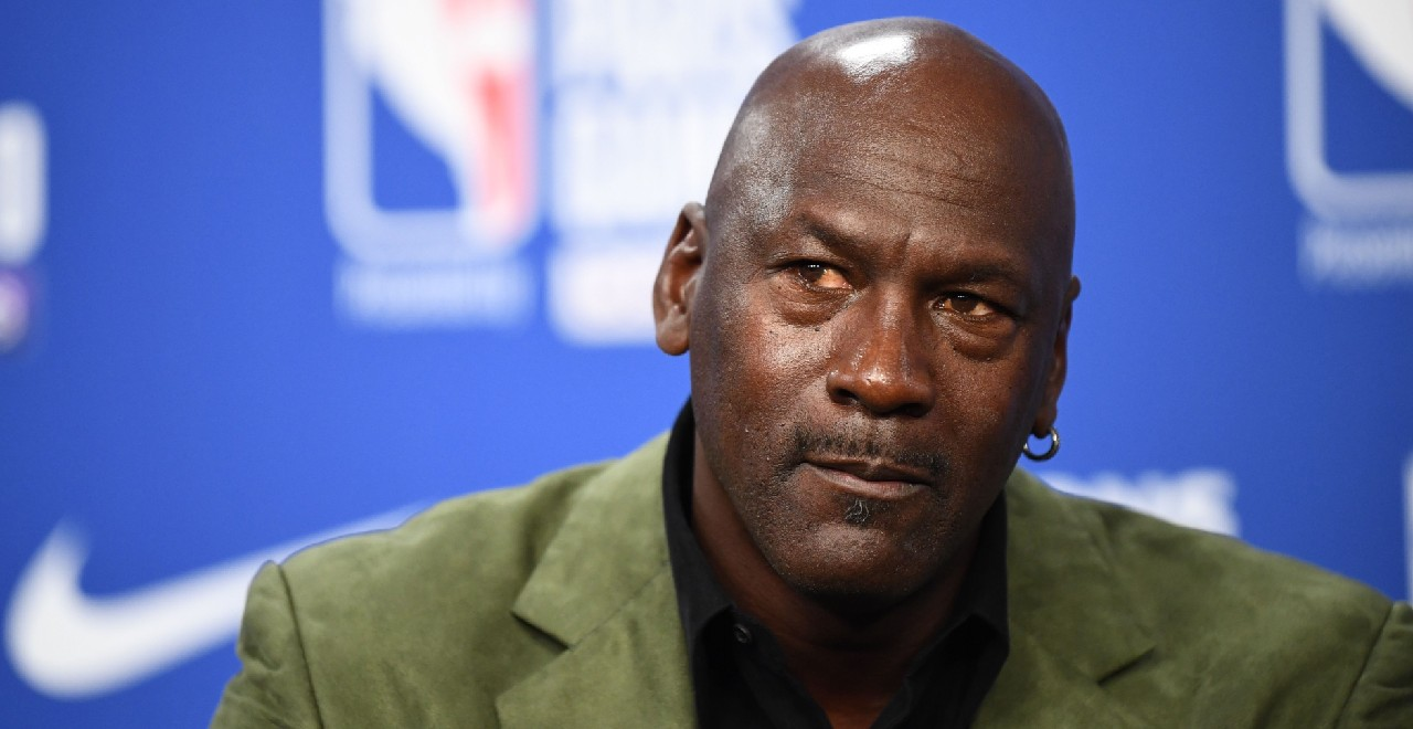 Michael Jordan Opens Clinic in Hometown