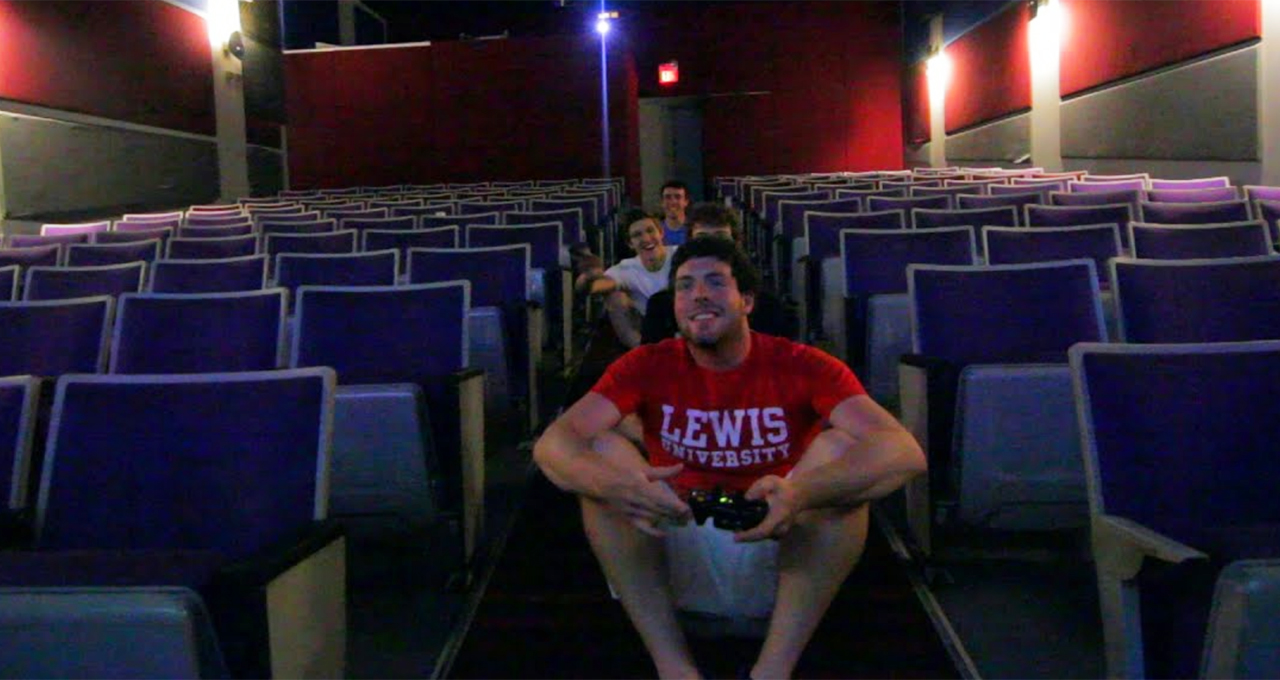 theaters rent screens to gamers