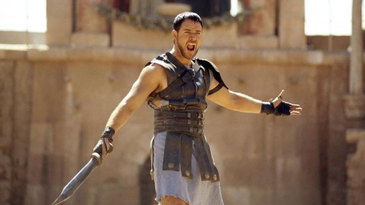 Russell Crowe Zeus