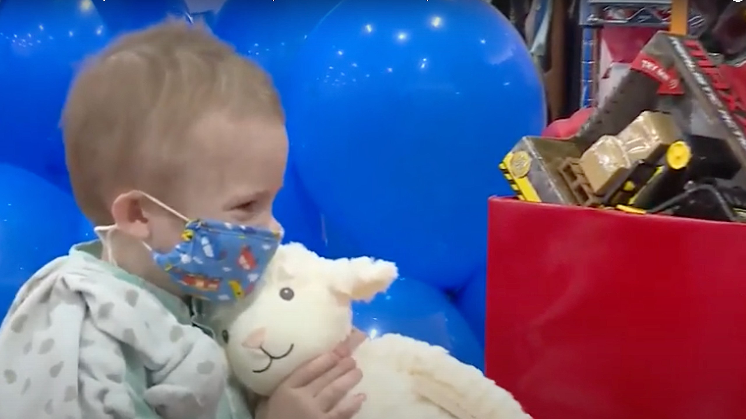 5-year-old uses wish to buy comfortable sheets for hospitalized kids
