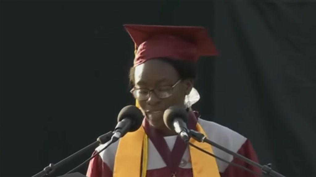 Verda Tetteh Gives Away Scholarship